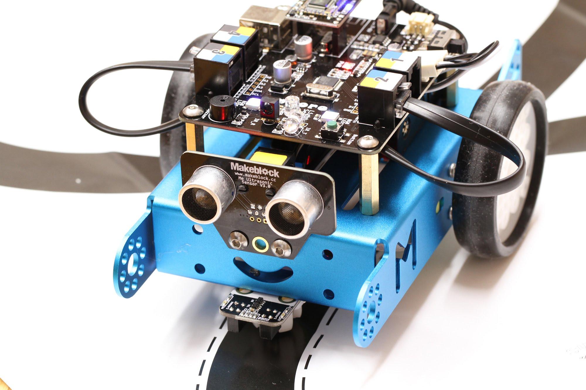 Makeblock mBot robots konstruktors (Bluetooth versija)
